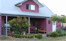 Magenta Cottage Accommodation and Art Studio - Stayed