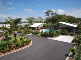 Woodgate Beach Houses - Stayed
