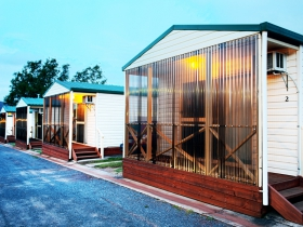 Discovery Holiday Parks  Hadspen Cosy Cabins - Stayed