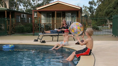 Lake Fyans Holiday Park - Stayed