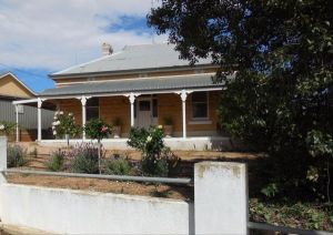Book Keepers Cottage Waikerie - Stayed