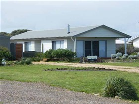 Coorong Waterfront Retreat - Stayed