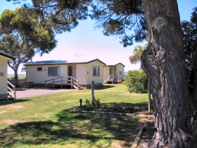 Hillview Caravan Park - Stayed
