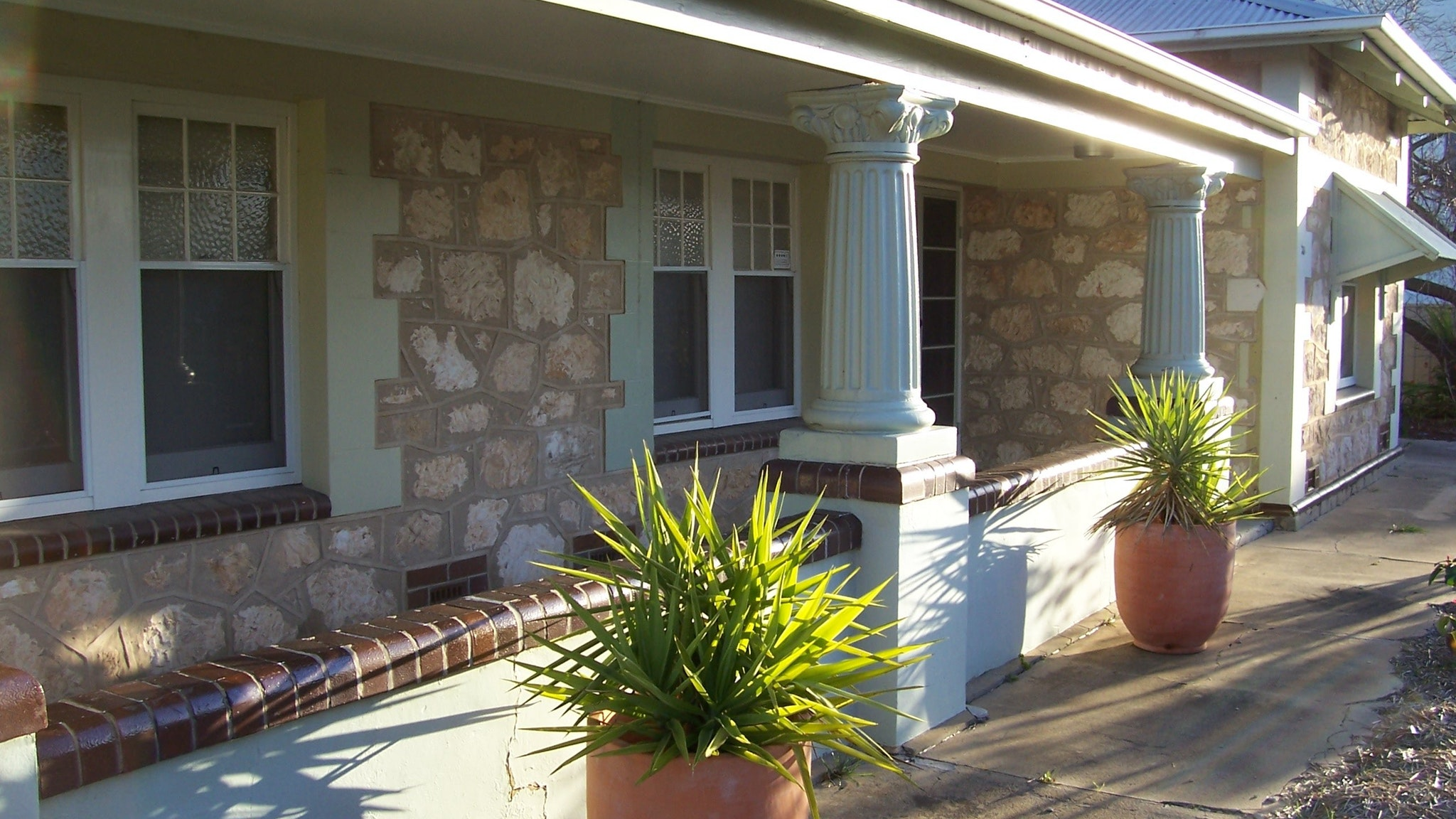 Naracoorte Cottages - MacDonnell House - Stayed