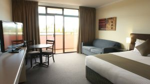 Adelaide Meridien Hotel  Apartments - Stayed