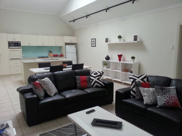 Studio One Accommodation - Stayed