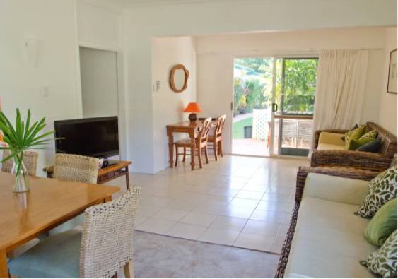 Villa Marine Cairns Beach Self Contained Holiday Apartments