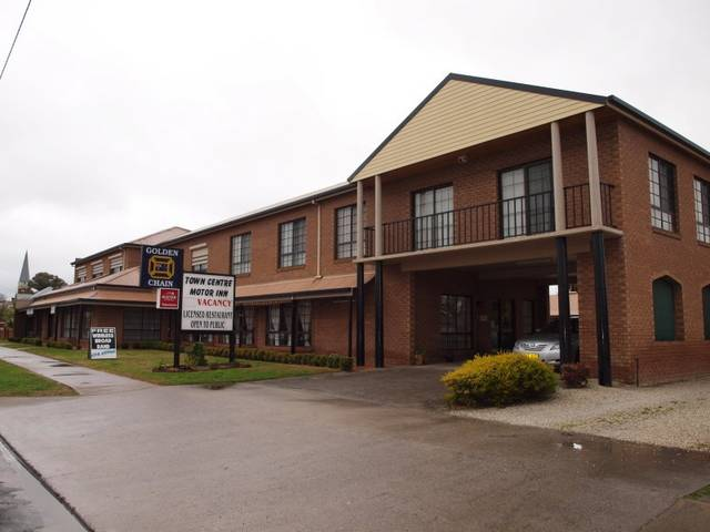 Holbrook Town Centre Motor Inn - Stayed