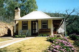 Price Morris Cottage - Stayed