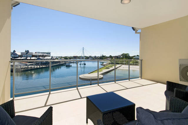 Quality Suites CREST Mandurah - Stayed