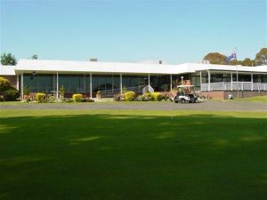 Tenterfield Golf Club and Fairways Lodge - Stayed