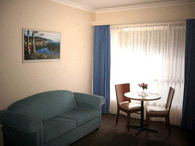 Victoria Lodge Motor Inn  Serviced Apartments - Stayed