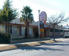 Lilac City Motor Inn and Steakhouse Restaurant - Stayed