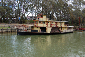 Emmylou Paddle Steamer - Stayed