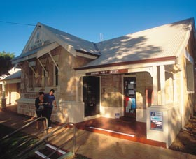 Dongara Heritage Trail - Stayed