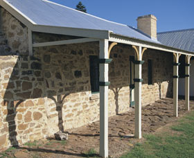 Ellensbrook Historic Home and Picnic Grounds - Stayed