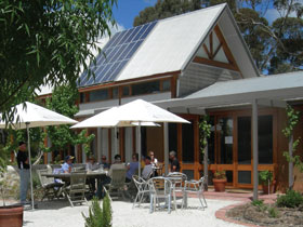 Lobethal Road Wines - Stayed
