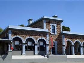 Burra Regional Art Gallery - Stayed