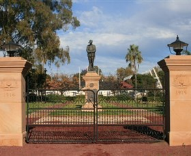 Dalby War Memorial and Gates - Stayed
