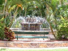 Bauer and Wiles Memorial Fountain - Stayed