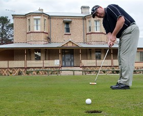 Lithgow Golf Club - Stayed