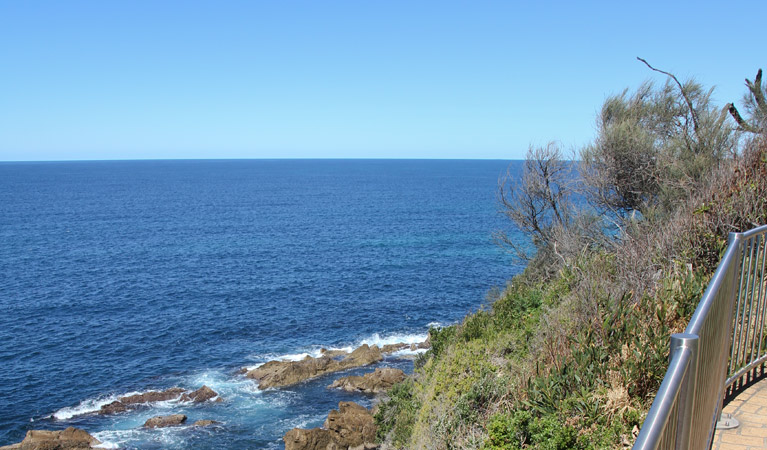 Moruya Heads lookout - Stayed