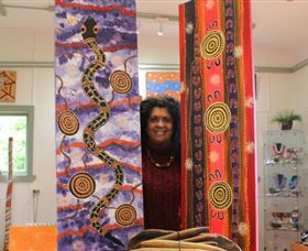Apma Creations Aboriginal Art Gallery and Gift shop - Stayed