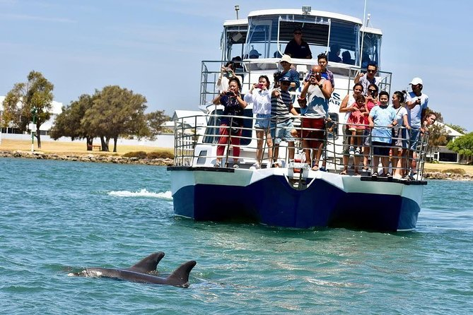 Mandurah Dolphin and Scenic Canal Cruise - Stayed