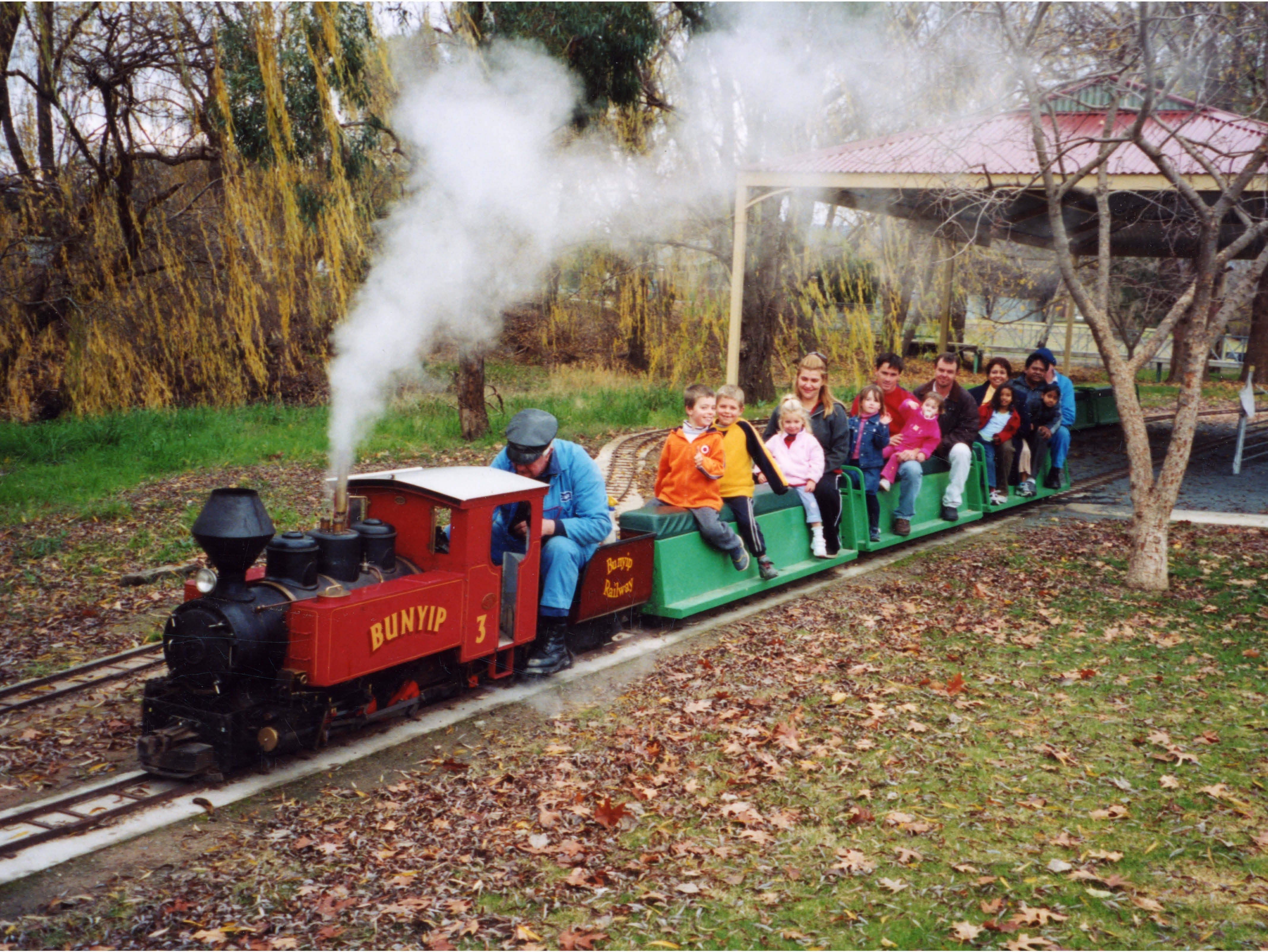 Holbrook Miniature Railway - Stayed