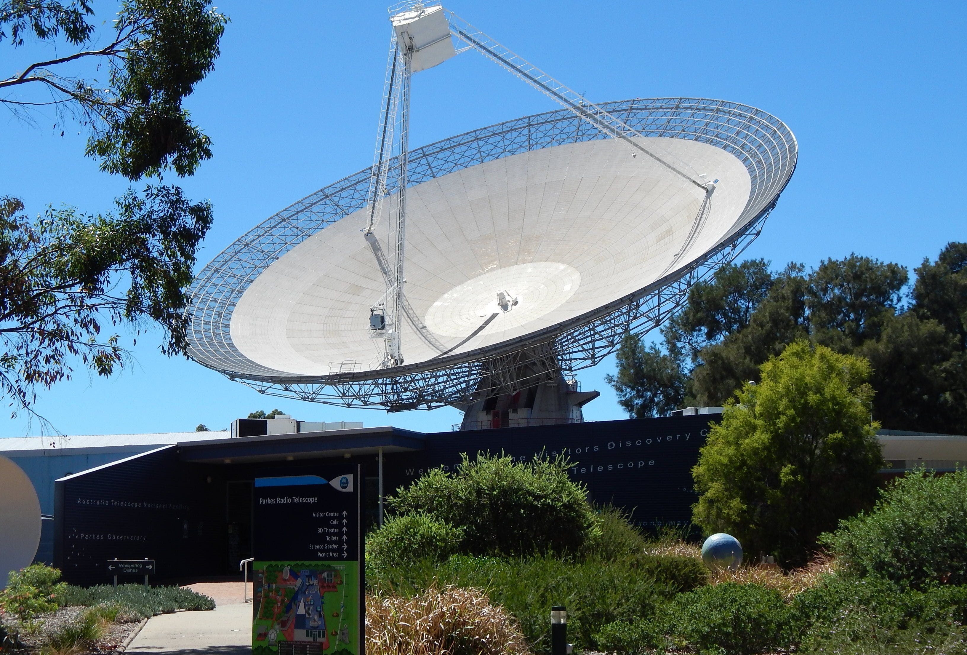 CSIRO Parkes Radio Telescope Visitor Centre - Stayed