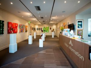 Australian National Botanic Gardens Visitor Centre Gallery - Stayed