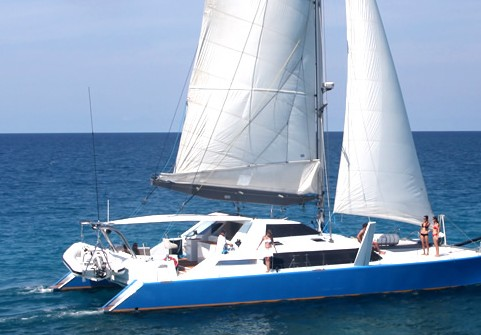 Synergy Reef Sailing - Stayed
