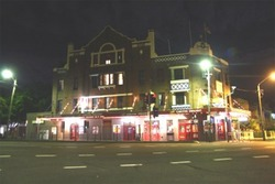 Captain Cook Hotel - Stayed
