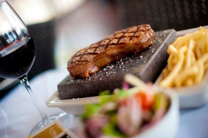 Black Angus Bar  Grill Restaurant - Stayed