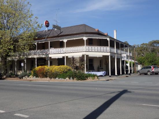 Seven Creeks Hotel - Stayed