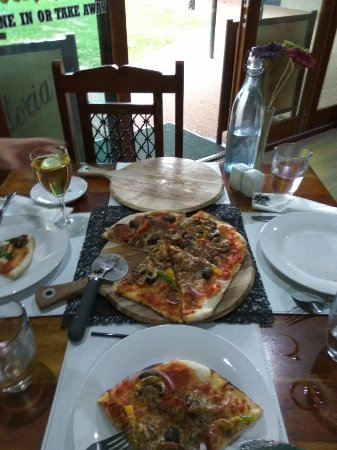 Eildon Woodfire Pizza - Stayed