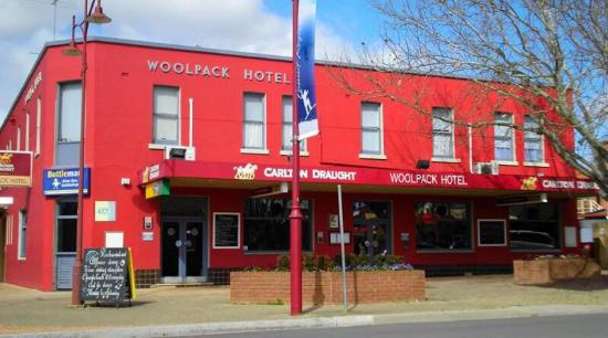 Woolpack Hotel Tumut