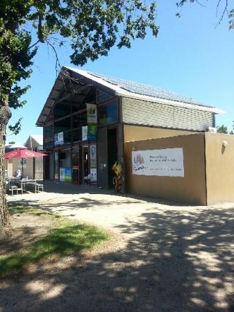 The Boatshed Cafe - Stayed