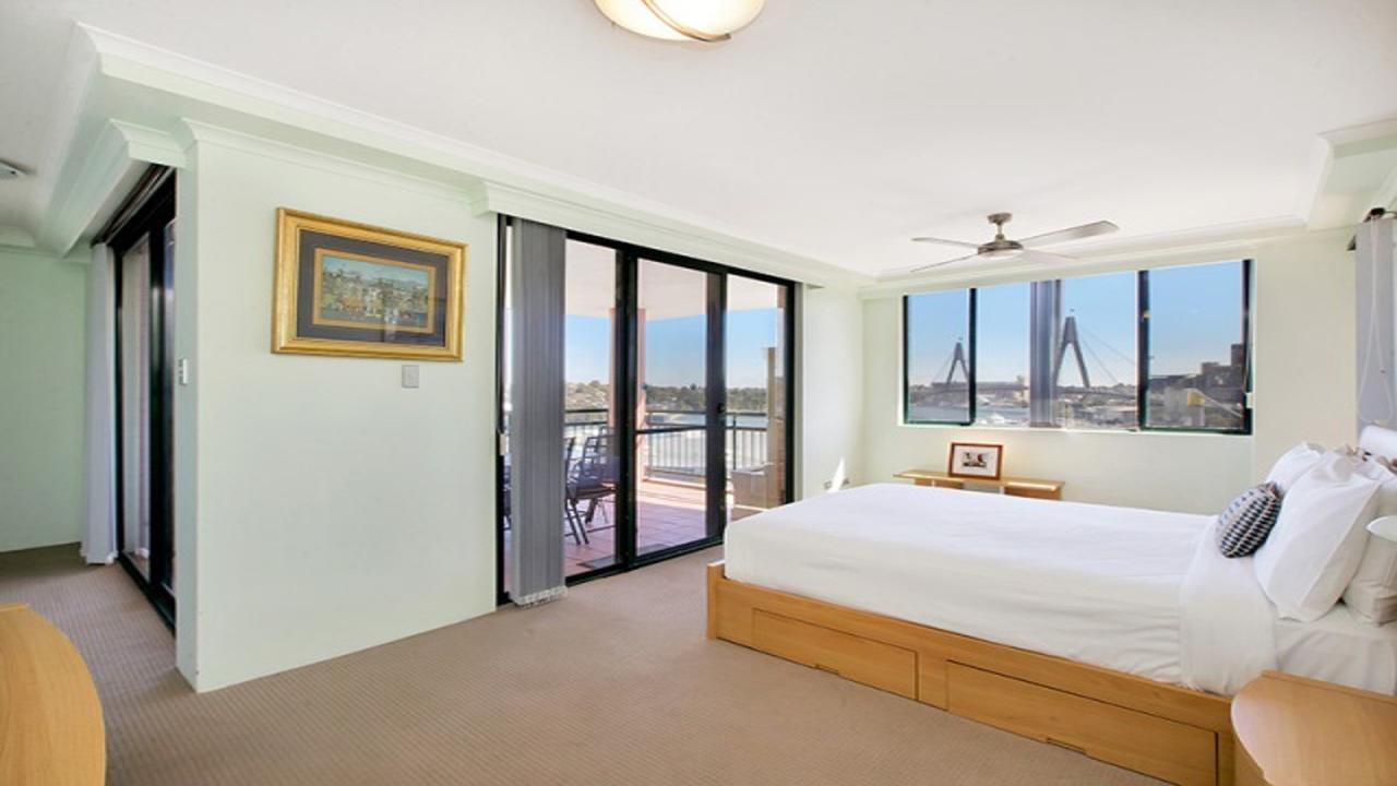 Darling Harbor Apartment - Stayed