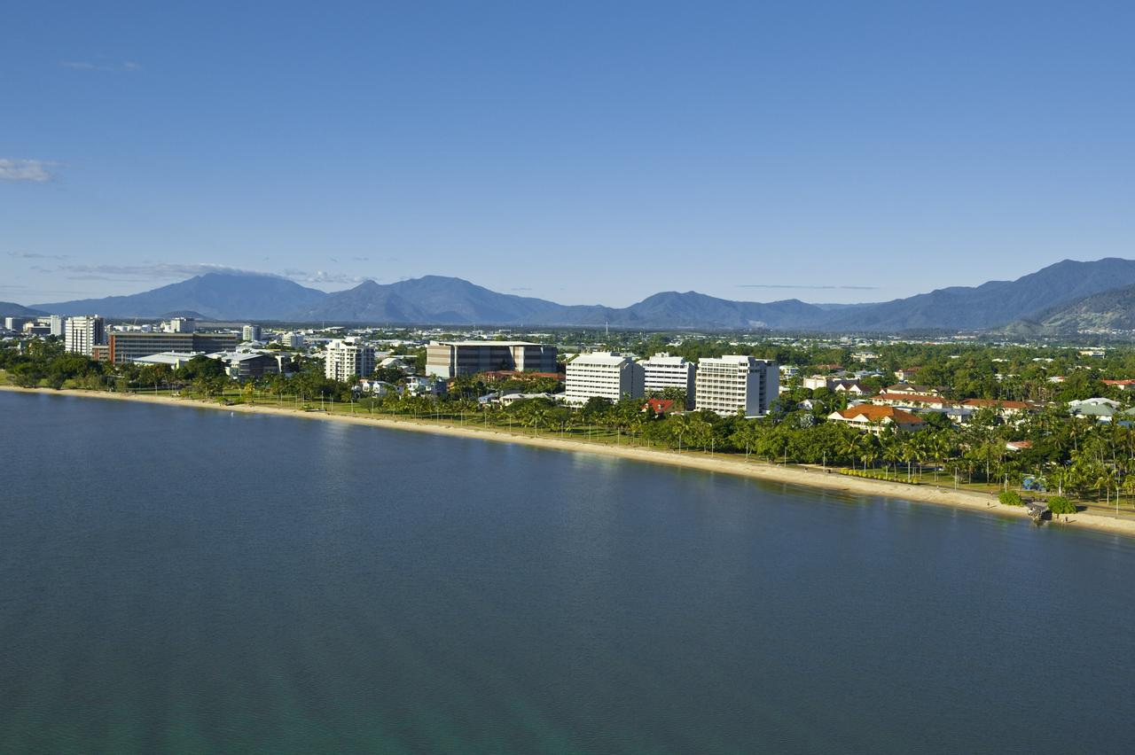 Holiday Inn Cairns Harbourside - Stayed